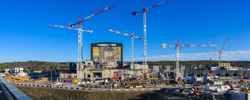 ITER (Tarptautinio eksperimentinio termobranduolinio reaktoriaus) statybų aikštelė (2018 m. pavasaris) © ITER